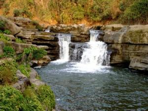 nafa-khum water falls